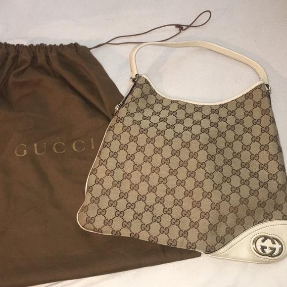 16821c96f14 Gucci Handbags - Gucci Britt medium hobo bag